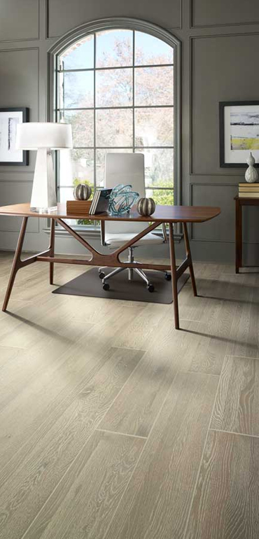 vinyl-planks-hardwood-floor